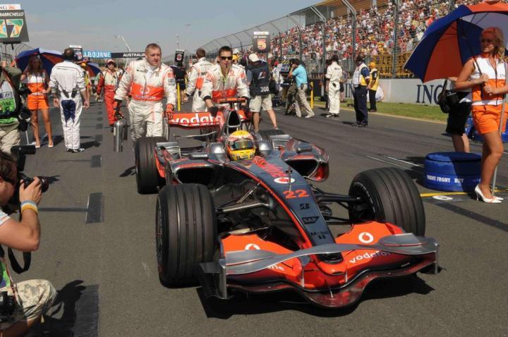 Lewis Hamilton na pole position GP Australii 2008