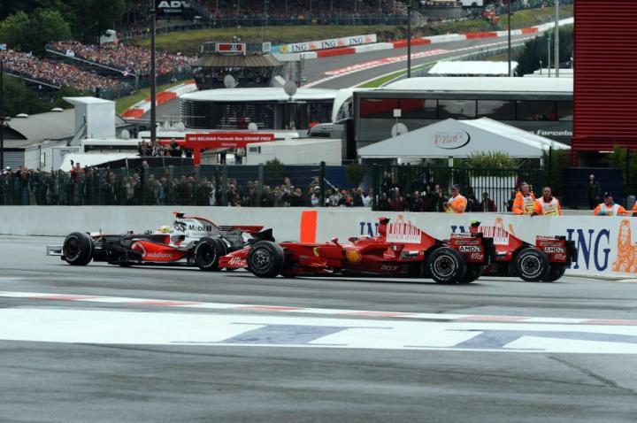 Lewis Hamilton vs. Ferrari