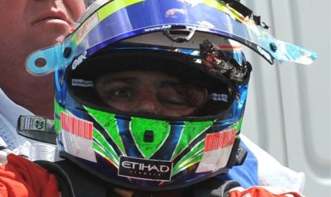 Zdjęcie Felipe Massy po wypadku na GP Węgier 2009