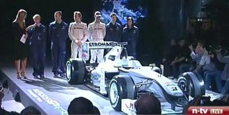 Malowanie nowego Mercedesa F1