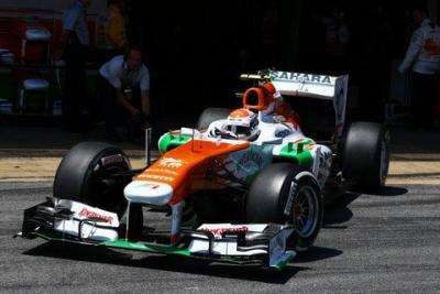Force India walczy z McLarenem